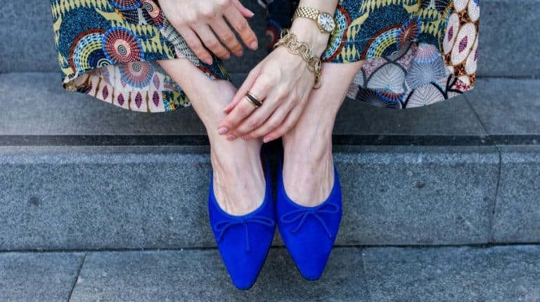 Blue spitz shoes