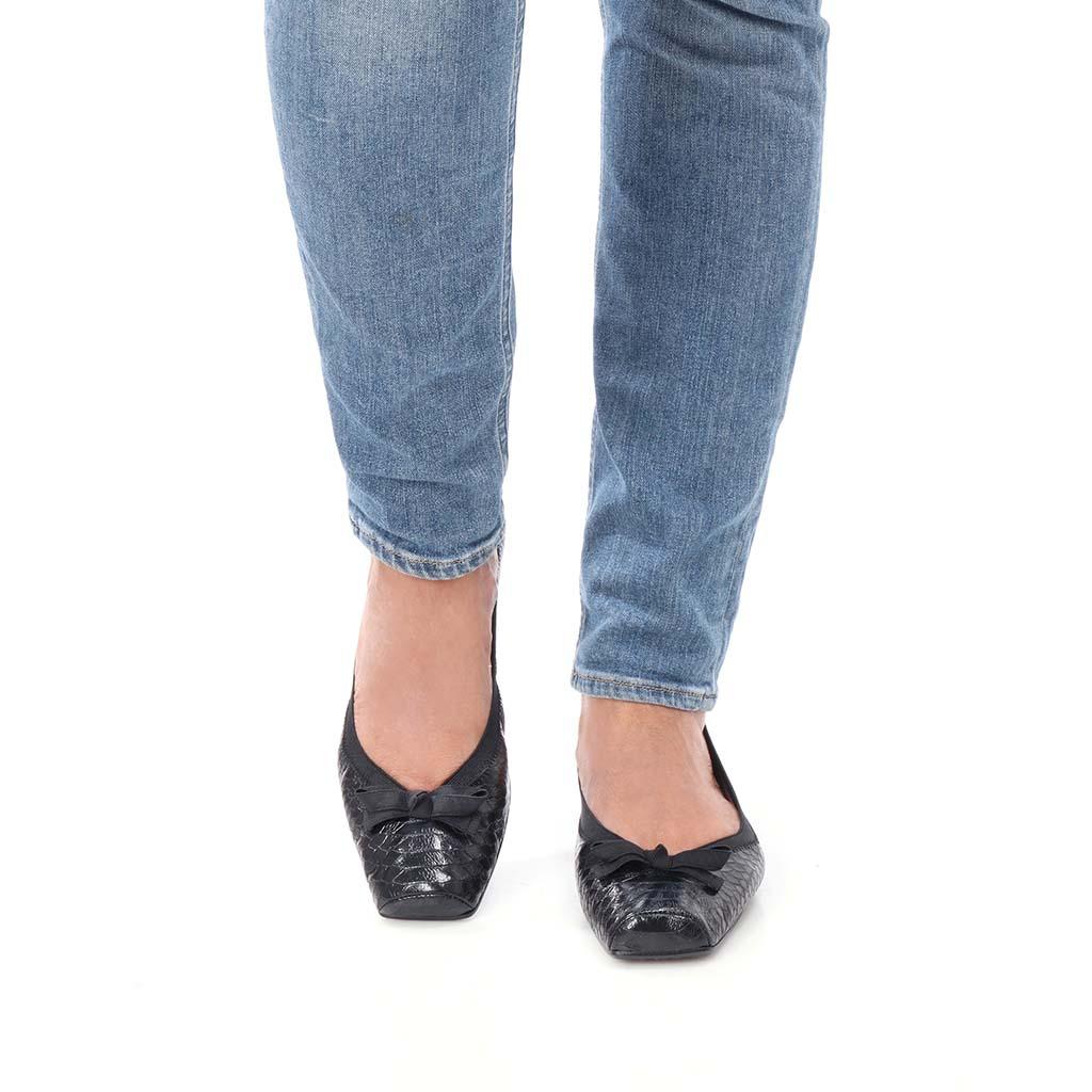 Taylor|שחור|נעלי בובה|נעלי בלרינה|נעליים שטוחות|נעליים נוחות|ballerinas