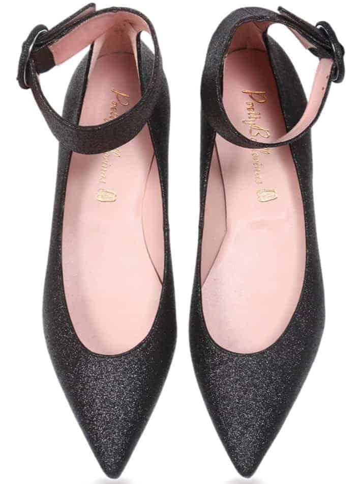 Sparkling black spitz shoes