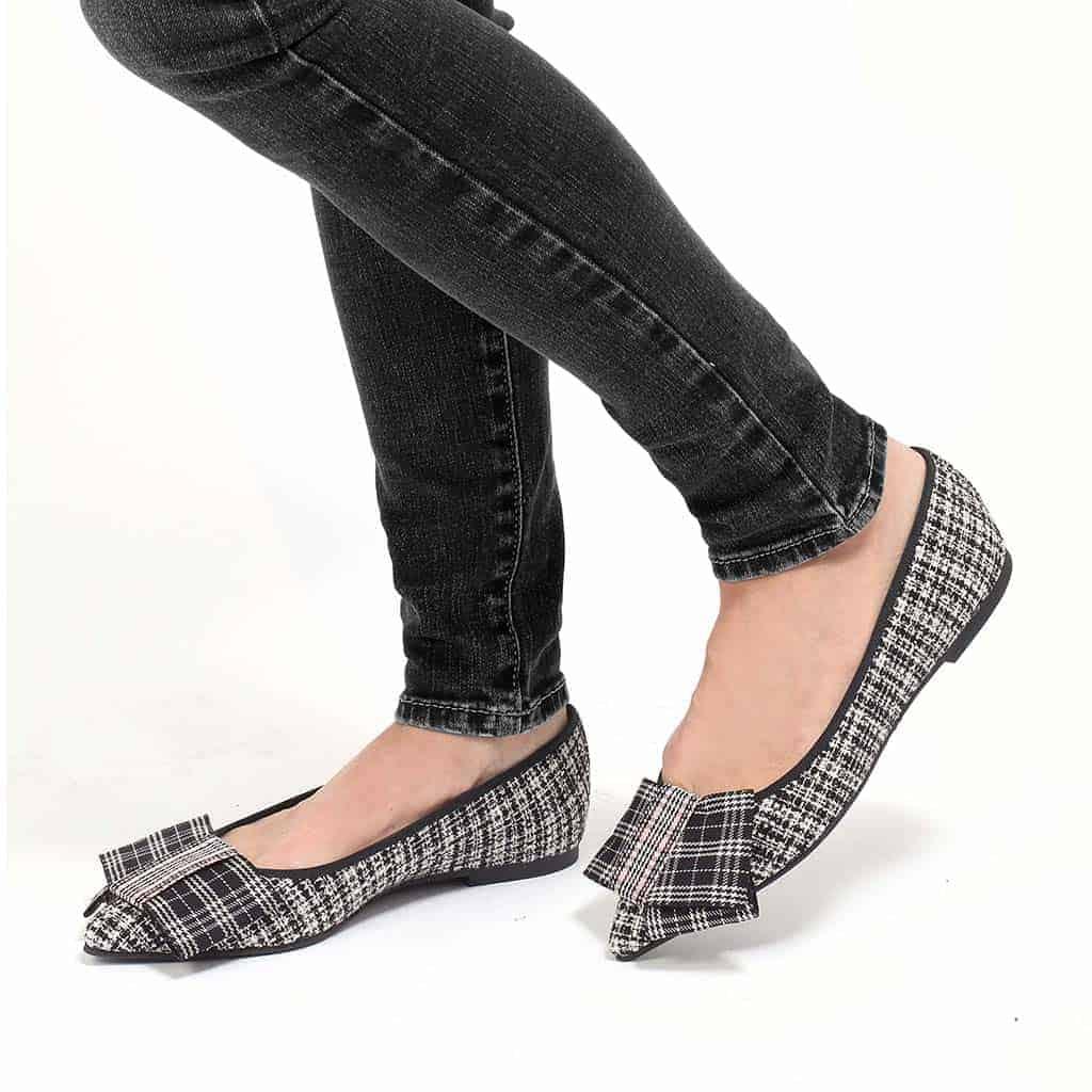 Flashback|שחור|לבן|זהב|נעלי בובה|נעלי בלרינה|נעליים שטוחות|נעליים נוחות|ballerinas