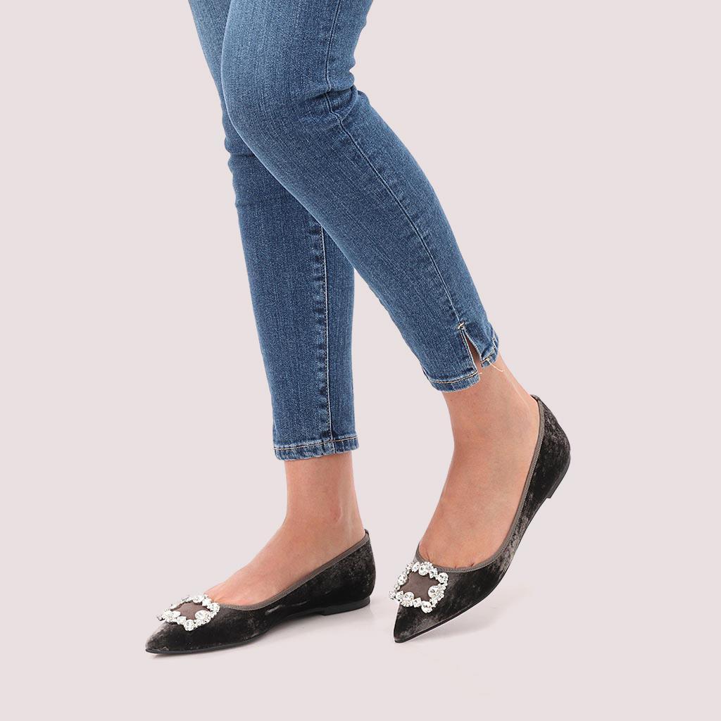 Ariyah|אפור|נעלי בובה|נעלי בלרינה|נעליים שטוחות|נעליים נוחות|ballerinas