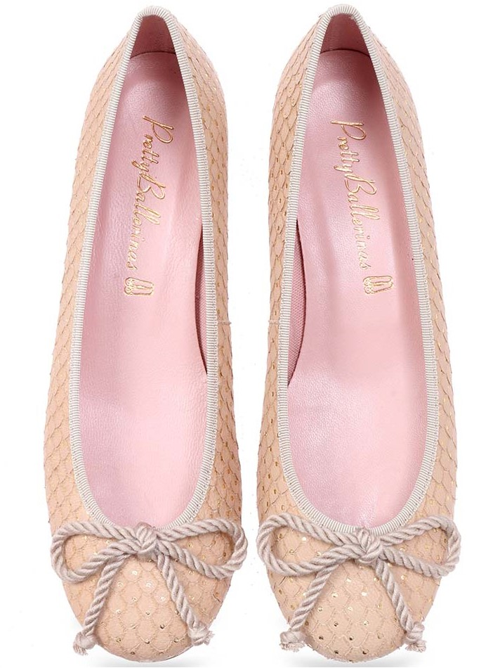 Hydrangea|ניוד|עקב|נעלי עקב|Heels