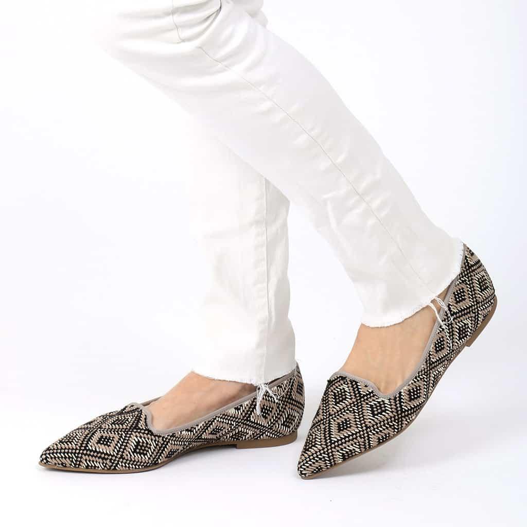 Grey Grid|שחור|כאמל|זהב|נעלי בובה|נעלי בלרינה|נעליים שטוחות|נעליים נוחות|ballerinas