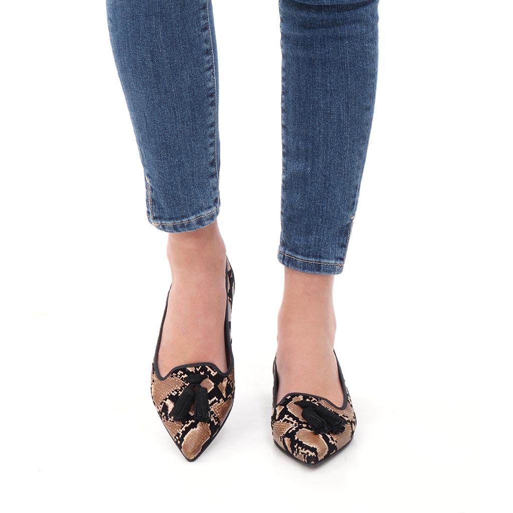 Noelle|כאמל|שחור|נעלי בובה|נעלי בלרינה|נעליים שטוחות|נעליים נוחות|ballerinas