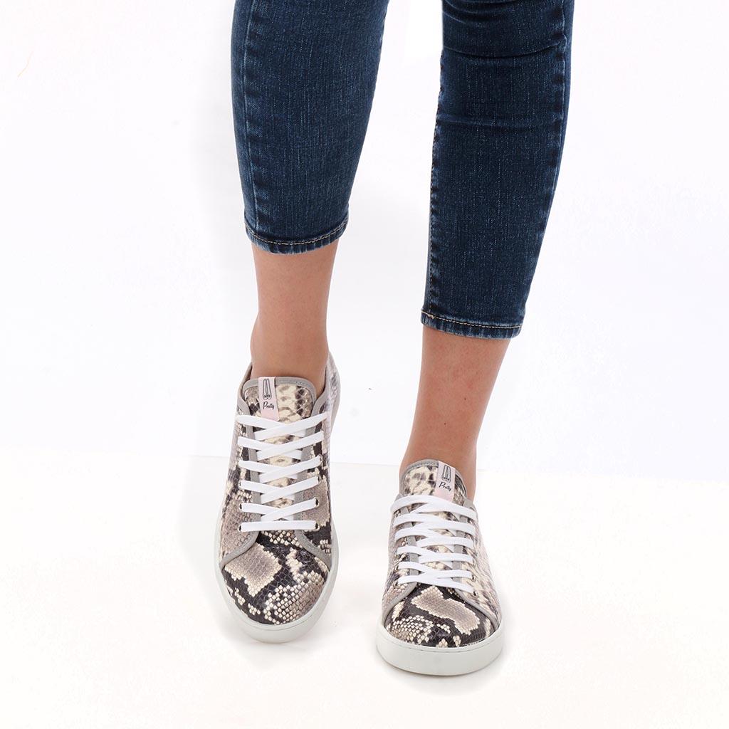 Pansies|אפור|ניוד|חום|כסף|סניקרס|סניקרס לנשים|נעליים שטוחות